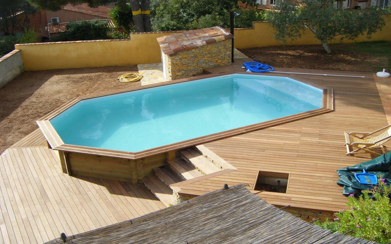Piscines bois petite piscine hors sol enterr e of piscine for Installer une piscine
